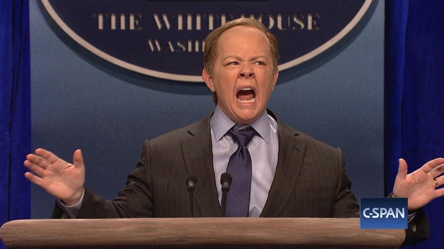 Melissa McCarthy como Sean Spicer en 'Satuday Night Live'