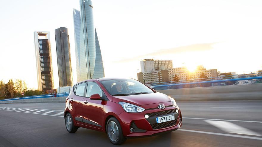 El Hyundai i10 de segunda generación se renueva en profundidad a mitad de su ciclo comercial.