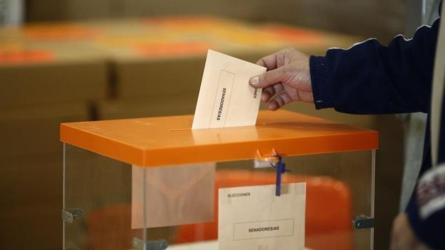 Más de 1,34 millones de electores ha pedido ya votar por correo, el doble que en diciembre