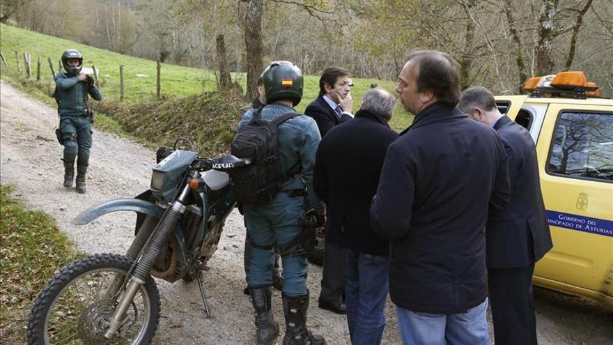Muere el piloto de un helicóptero que luchaba contra el fuego en Asturias