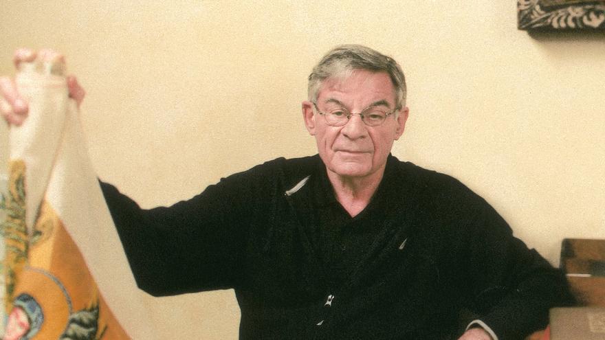 El exsacerdote Richard Sipe en una fotografía publicada de 2009 en su página web.