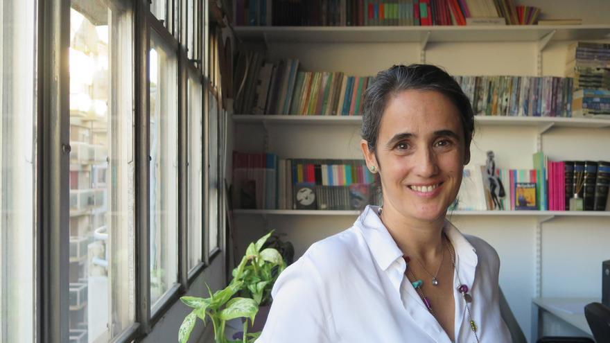Natalia Gherardi, en su despacho de Buenos Aires