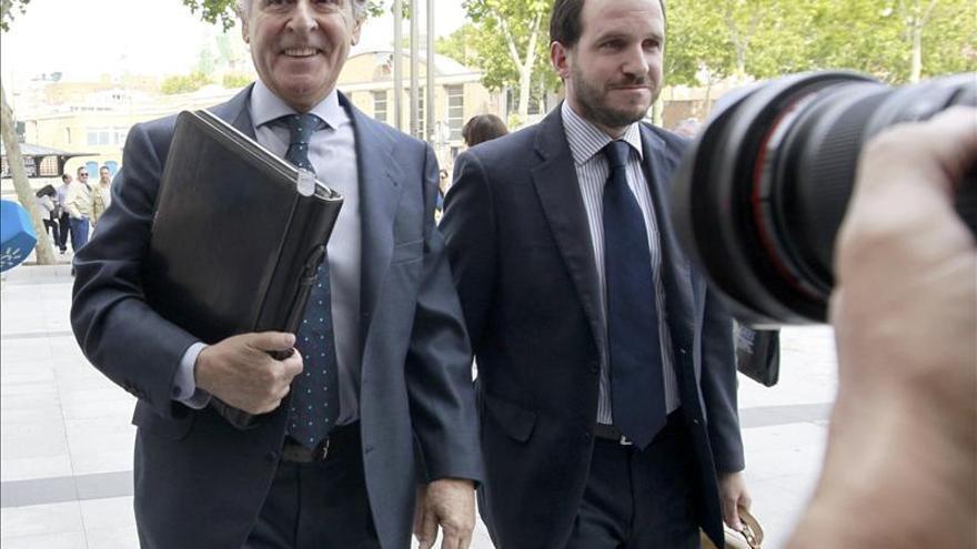 El juez convoca una vistilla en la que Manos Limpias pedirá la cárcel para Blesa
