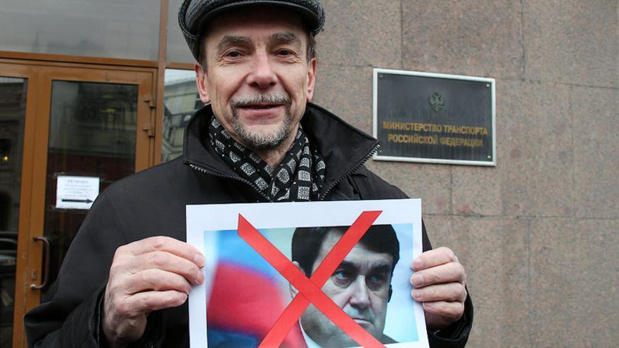Lev Ponomaryov, en una reunión en el Ministerio de Transporte, Moscú, 15 de marzo 2011. Vitaly Ragulin via wikipedia commons