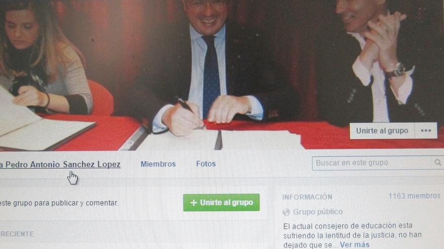 Crean una plataforma de apoyo al consejero murciano de Cultura tras la querella de la Fiscalía contra él
