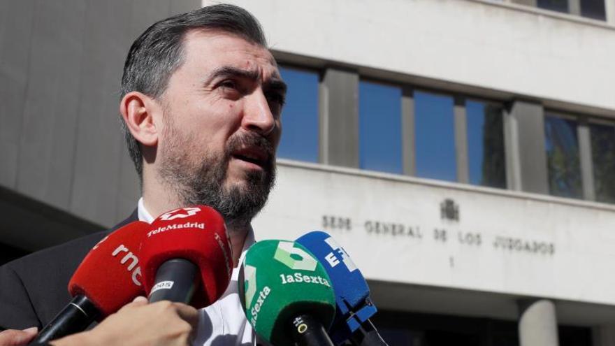 La Fiscalía pide averiguar el origen de la noticia del máster de Cifuentes