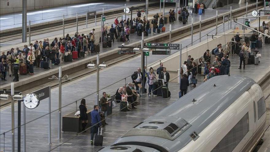 El robo de cable de tren entre Tarragona y Torredembarra vuelve a provocar retrasos