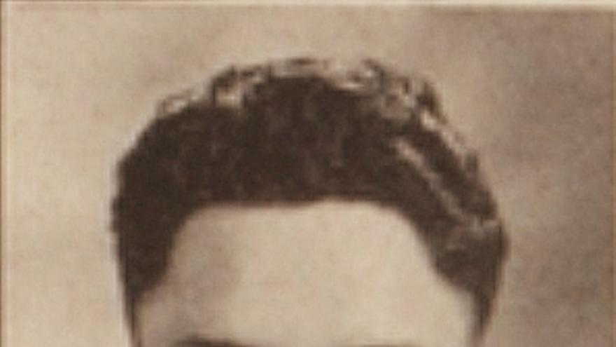 Fotografía de Dan Solaegui en el anuario del Churchill High School de 1936.