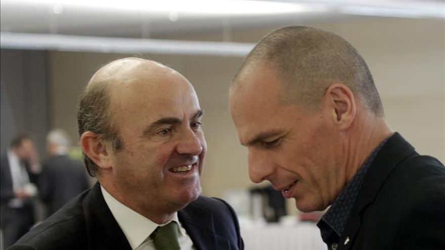 """Guindos dice que el Eurogrupo ha dado a Atenas un """"toque de atención importante"""""""