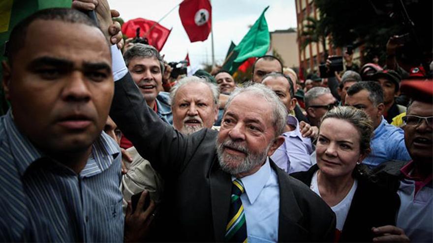 Lula da Silva durante el acto político en Curitiba
