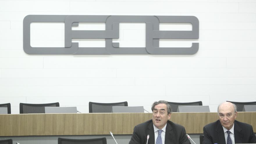La CEOE pide otra vuelta de tuerca a la reforma laboral antes de que cumpla un año de vigencia