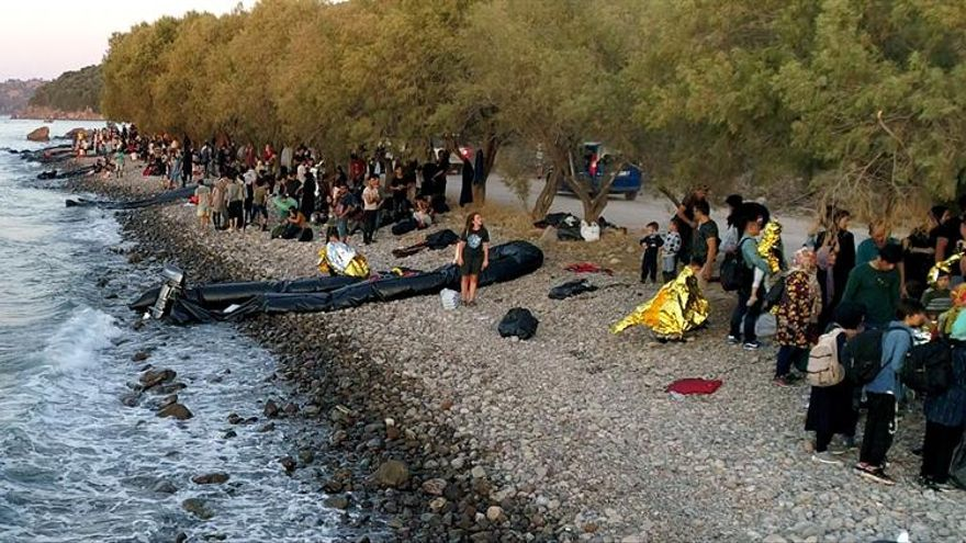 Más de medio millar de migrantes llegaron en un día a la isla griega de Lesbos