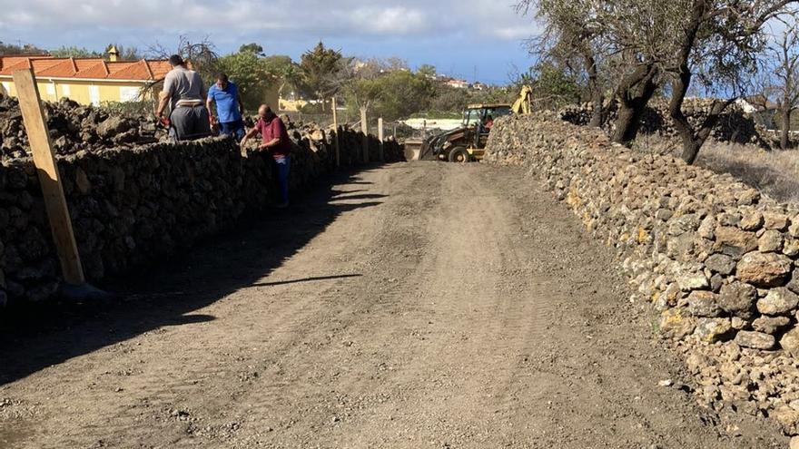 El Ayuntamiento de El Paso mejora el entorno de Cueva Negra en Tacande de Arriba