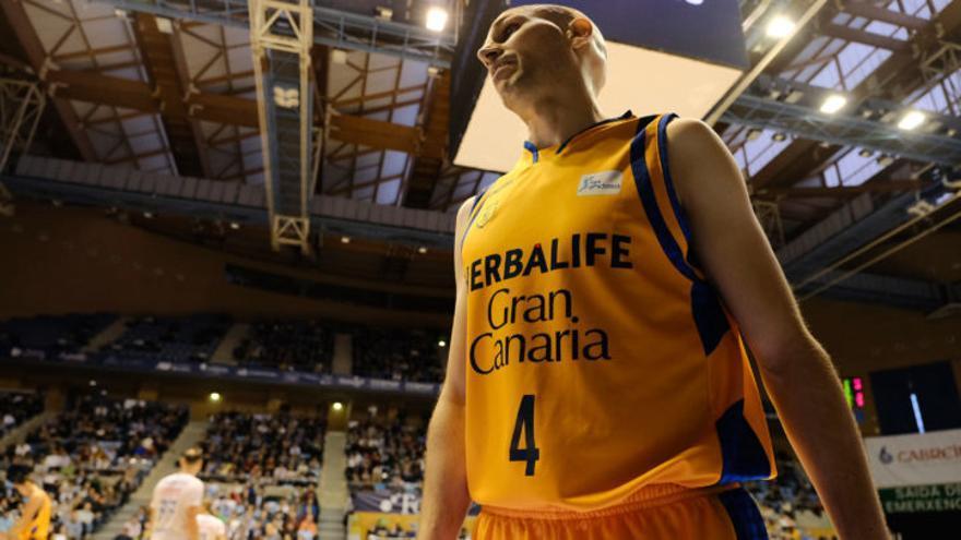 Albert Oliver se incorporó al Herbalife Gran Canaria en la campaña 2013/2014