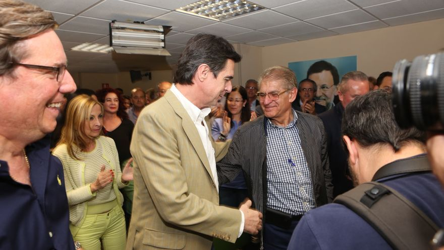 Imágenes de la sucesión de José Manuel Soria por Asier Antona.al frente del PP de Canarias. (Alejandro Ramos).