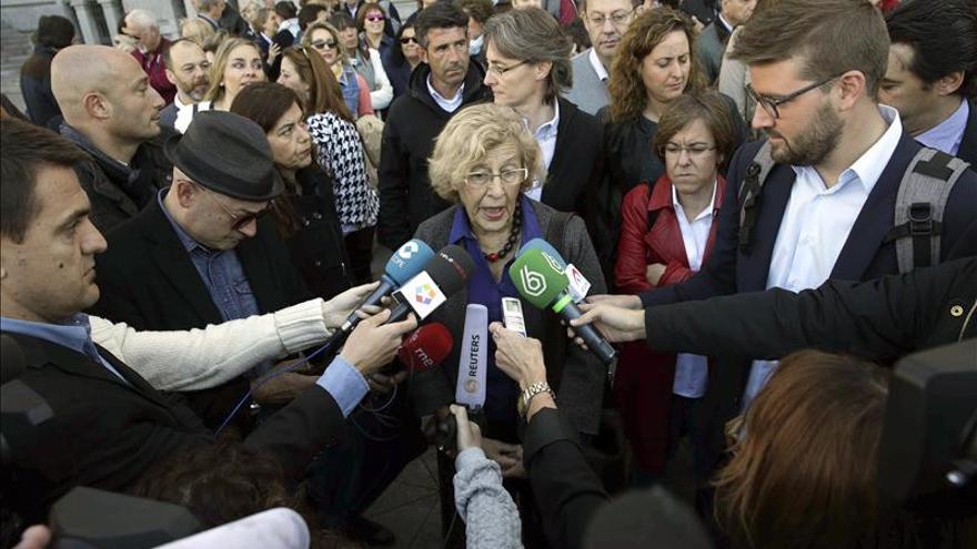 """Carmena propone aparcamientos con más """"servicios"""" que interesen a las mujeres"""