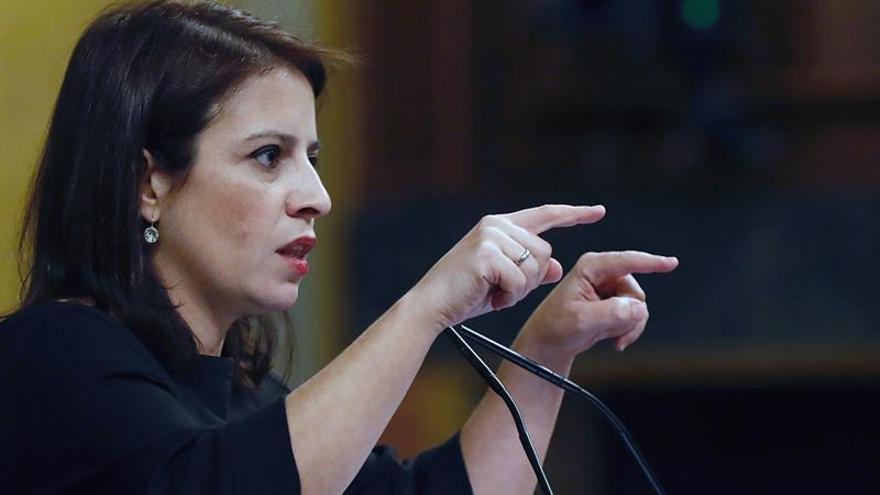 Lastra arremete contra Ana Pastor: Es una 'hooligan' del PP,nunca fue neutral