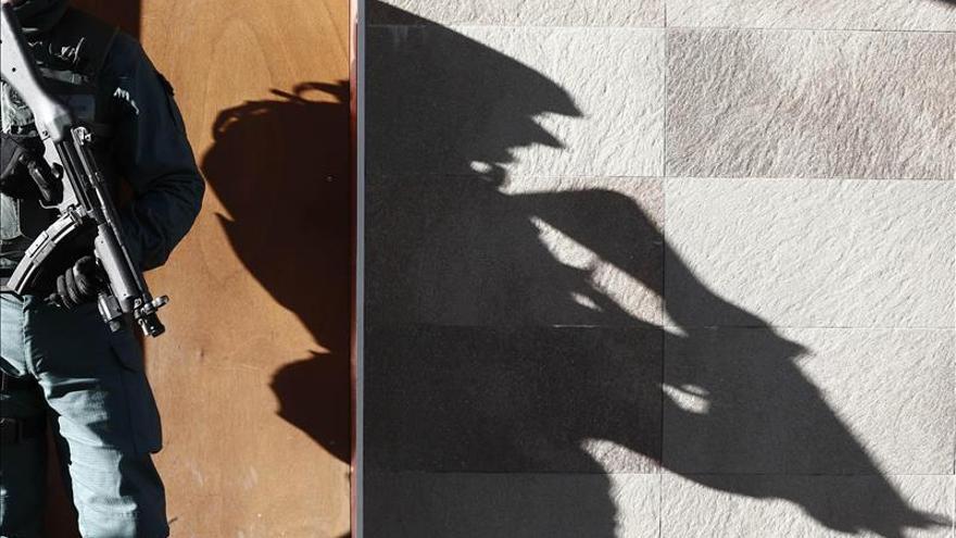 Detenido un hombre en Ceuta acusado de captar a menores para el DAESH