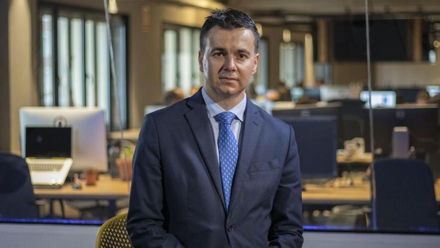 Héctor Gómez, portavoz del PSOE en el Congreso de los Diputados, en la redacción de elDiario.es