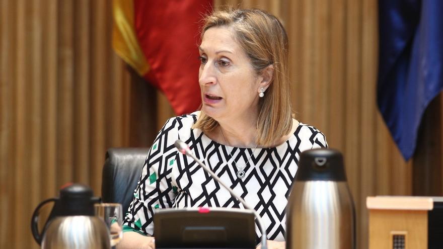 Ana Pastor reunirá a los grupos del Congreso para desbloquear leyes 'congeladas' y activar la comisión del Alvia