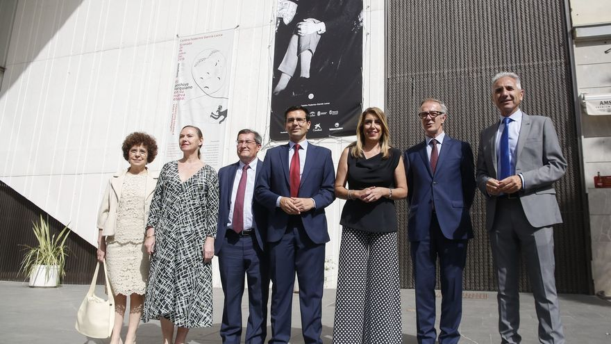 """El Centro Lorca recibe las últimas piezas del legado del poeta, que se conservará """"para siempre"""" en Granada"""