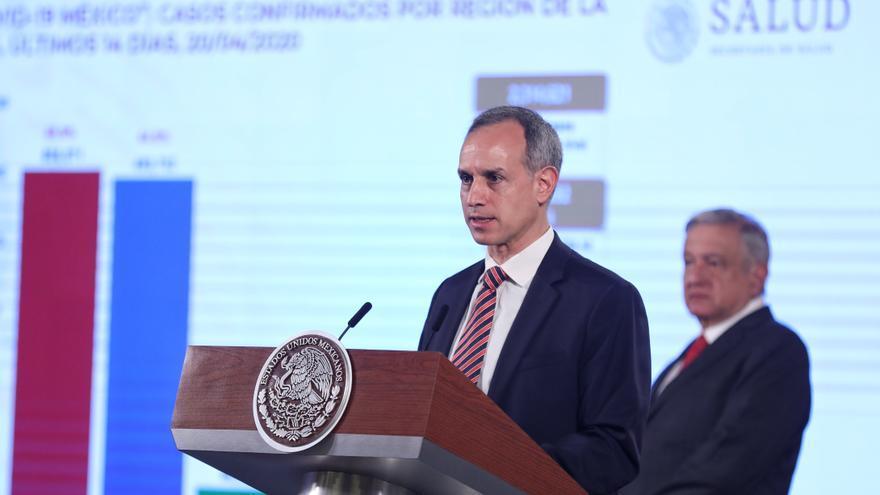 """Gobierno mexicano insiste que pandemia tiene """"tendencia sostenida"""" a la baja"""