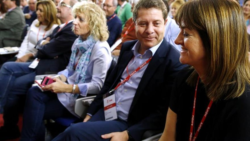 Mendia avisa que si el PSOE se rompe será culpa de la dirección del partido