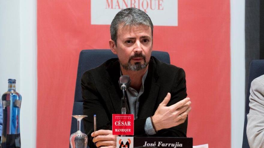 Imagen de archivo del profesor José Farrujia.
