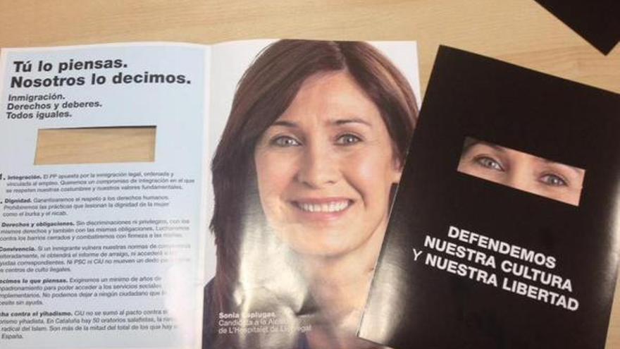 Folleto repartido por el PP de L'Hospitalet, mostrando a su candidata Sonia Esplugues vestida con niqab / @trinitro
