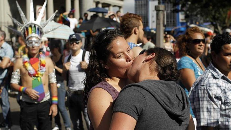 Mcdonalds apoya los derechos de los homosexuales