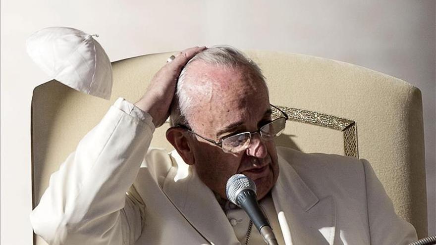 El papa dice sobre cambio climático que el tiempo se agota para una solución