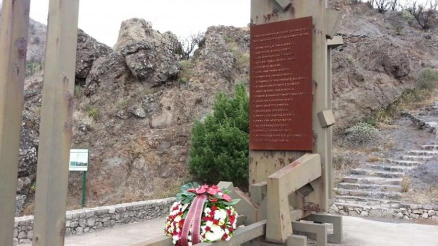 Monumento a las víctimas del incendio de 1984