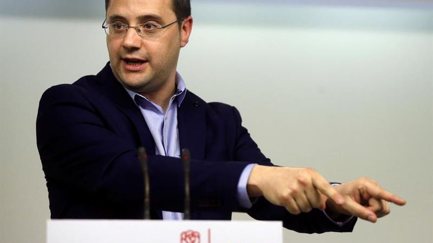 El PSOE ofrece a Podemos empezar a negociar ya