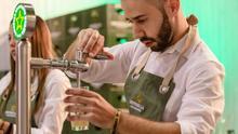 Estrella de Levante invita a la primera caña en sus bares para apoyar a la hostelería