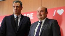 Sánchez y Ortuzar, en un encuentro en la sede socialista de Ferraz