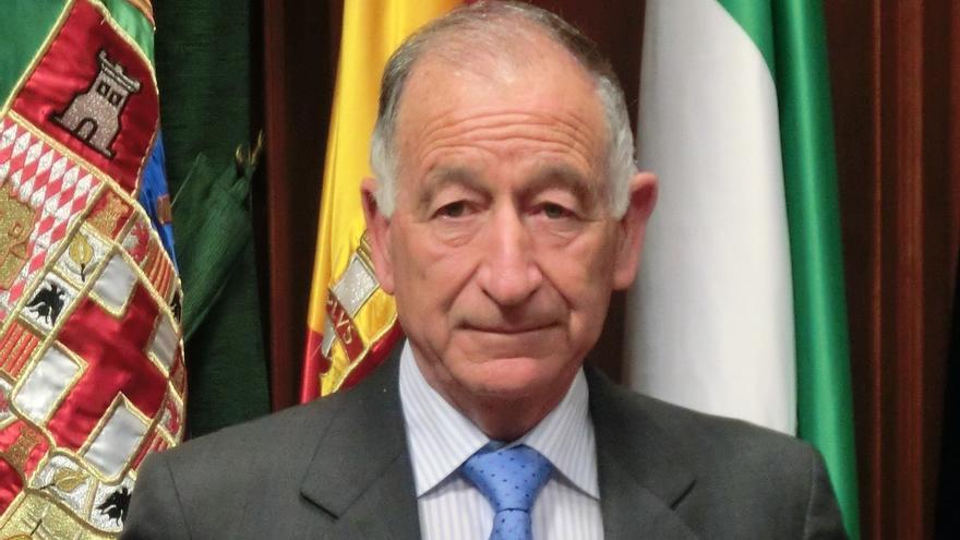 Gabriel Amat reestructura el equipo de gobierno de la Diputación de Almería