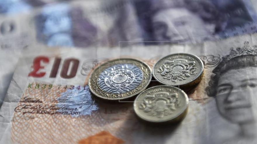 """La libra esterlina alcanza su valor más alto desde el referéndum del """"brexit"""""""
