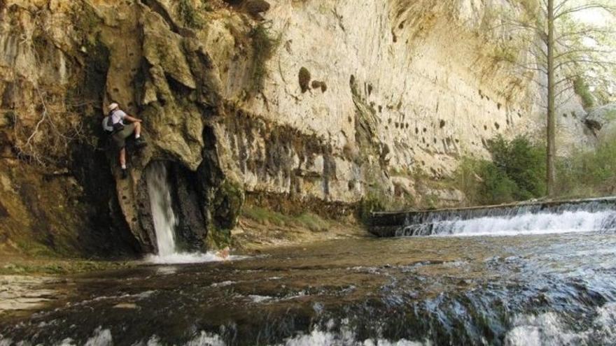 Nacimiento del río Pitarque. Foto: Turismo Maestrazgo