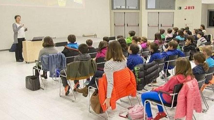 Una charla sobre acoso escolar. Foto: Ayuntamiento de Vitoria