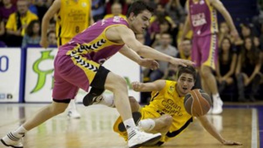 Lance del partido entre el Gran Canaria y el Banca Cívica. (ACN PRESS)