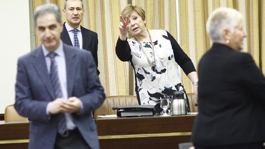 """Villalobos pide """"sentido común"""" a los españoles para no dar el país a la """"izquierda radical"""" de Podemos e IU"""
