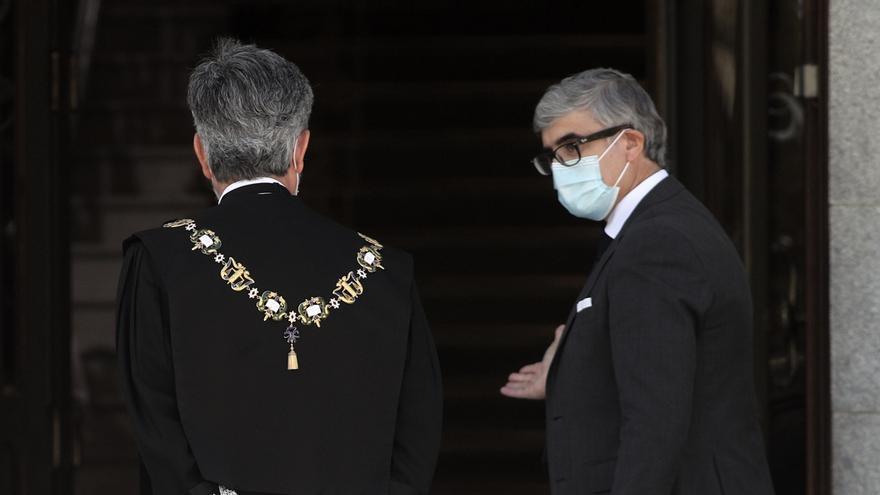 El presidente del Tribunal Supremo y del CGPJ, Carlos Lesmes entra al Palacio de Justicia, para asistir al acto de apertura del año judicial 2020/2021.