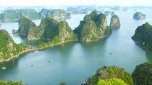 Más de 3.000 islas forman el espectacular paisaje de la bahía de Ha-Long.