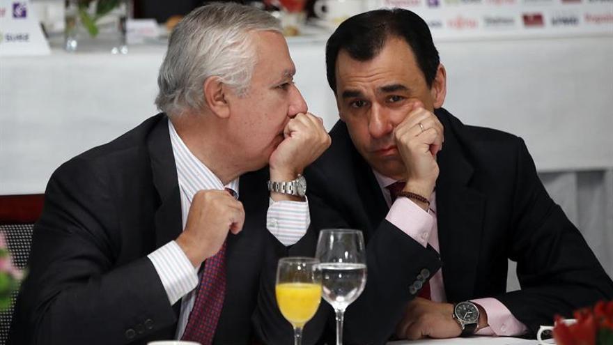Maillo y Javier Arenas en una conferencia en Madrid la semana pasada.