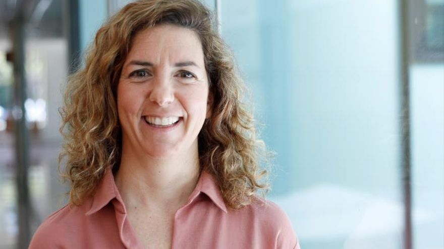 Dos mujeres ganan por primera vez los premios científicos del Banco Sabadell