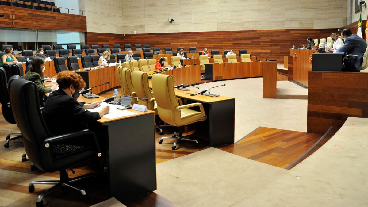 Este martes, ha tenido lugar la reunión de la Junta de Portavoces.