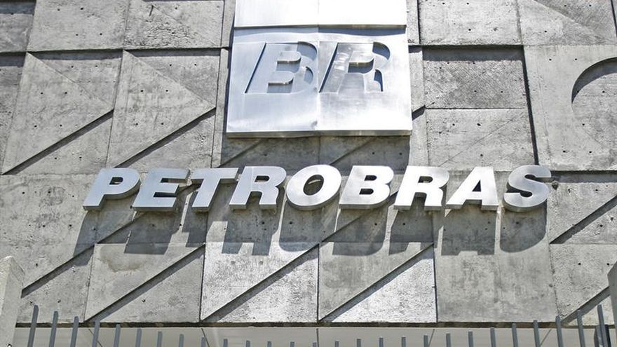 Regulador dictamina que Petrobras rehaga los balances financieros de 2013 a 2015