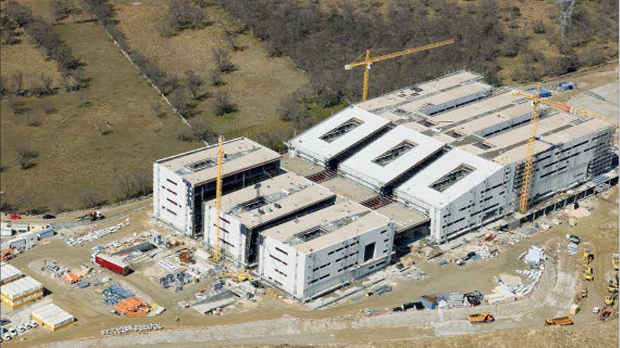 El hospital de Collado Villalba, acabado pero sin funcionar.