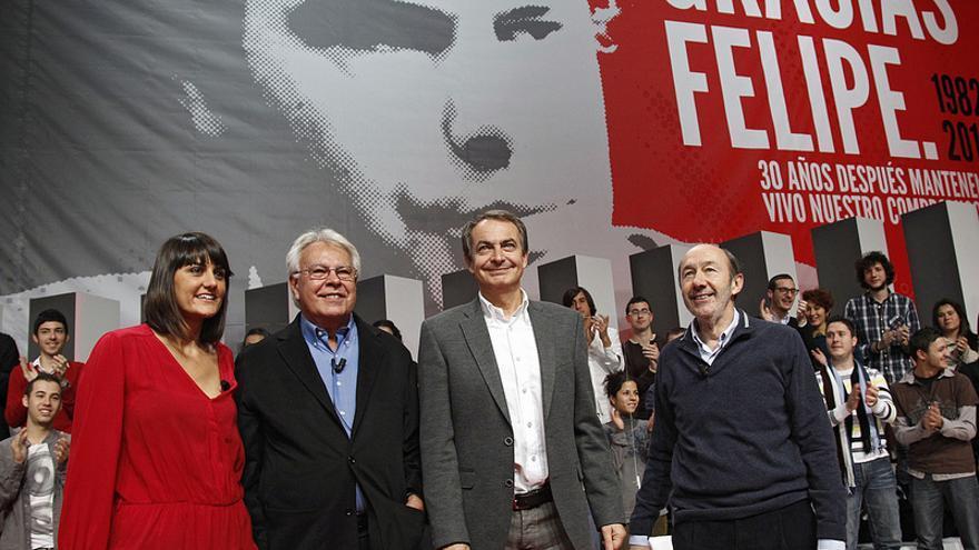 El PSOE rinde homenaje a Felipe González en el 30º aniversario de su victoria electoral