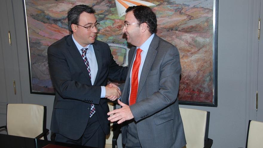 Ayuntamiento de Alcázar (Ciudad Real) y Aqualia firman el contrato para la gestión mixta del agua en la localidad